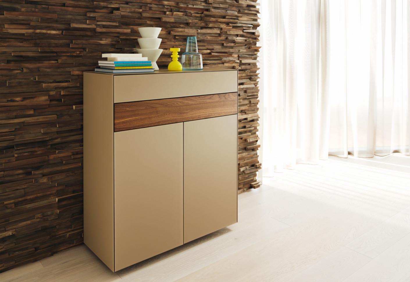 cubus pure schmale kommode von team 7 stylepark. Black Bedroom Furniture Sets. Home Design Ideas
