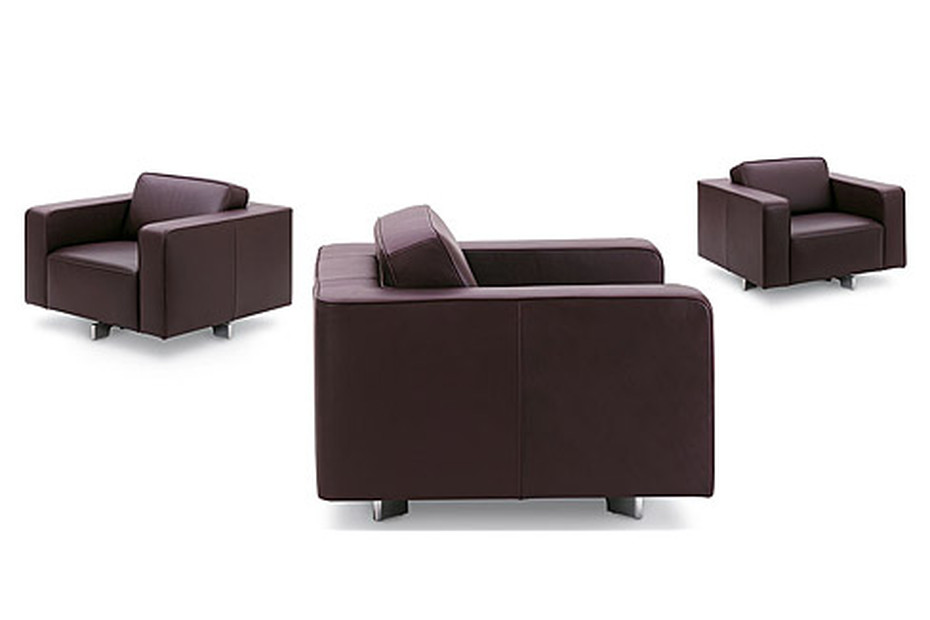 LiDa armchair