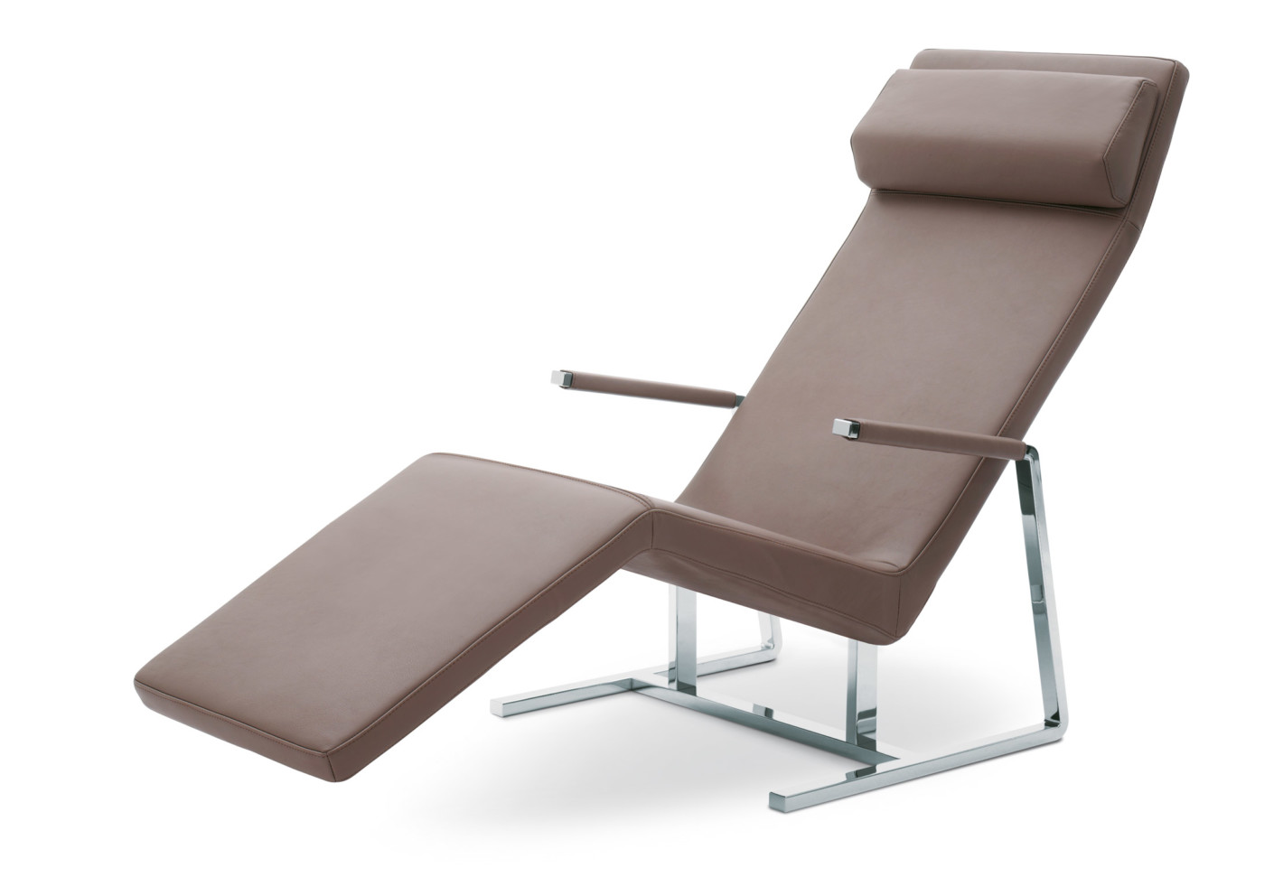 Mare reclining chair by team by wellis stylepark for Team by wellis