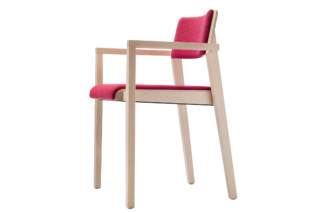 330 PFST  by  Thonet