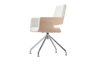 S 843  by  Thonet