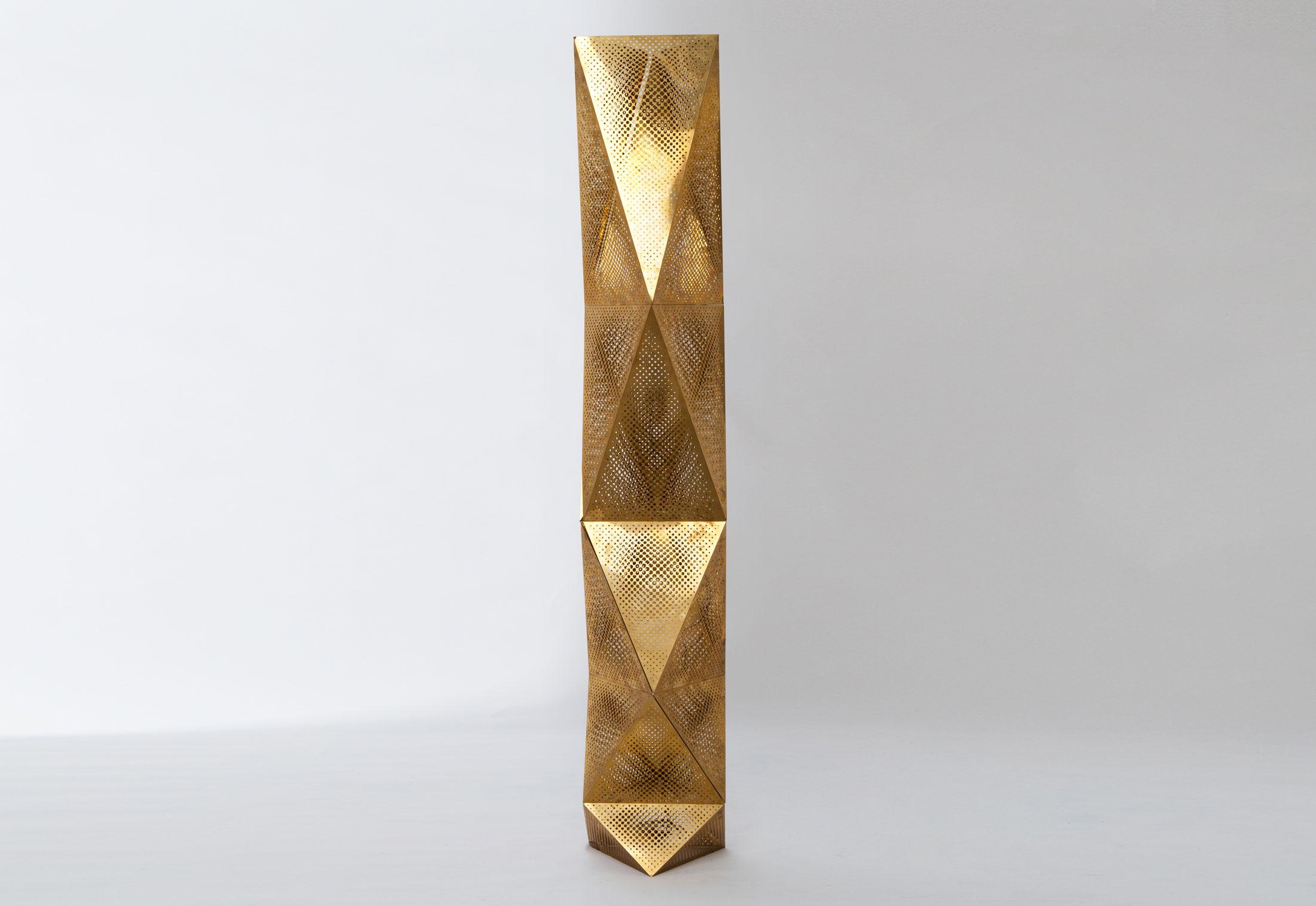 etch tower by tom dixon stylepark. Black Bedroom Furniture Sets. Home Design Ideas