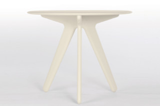 Slab Round Table  by  Tom Dixon