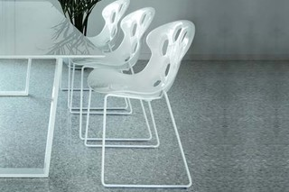 Exagon chair with sleds  by  Tonon