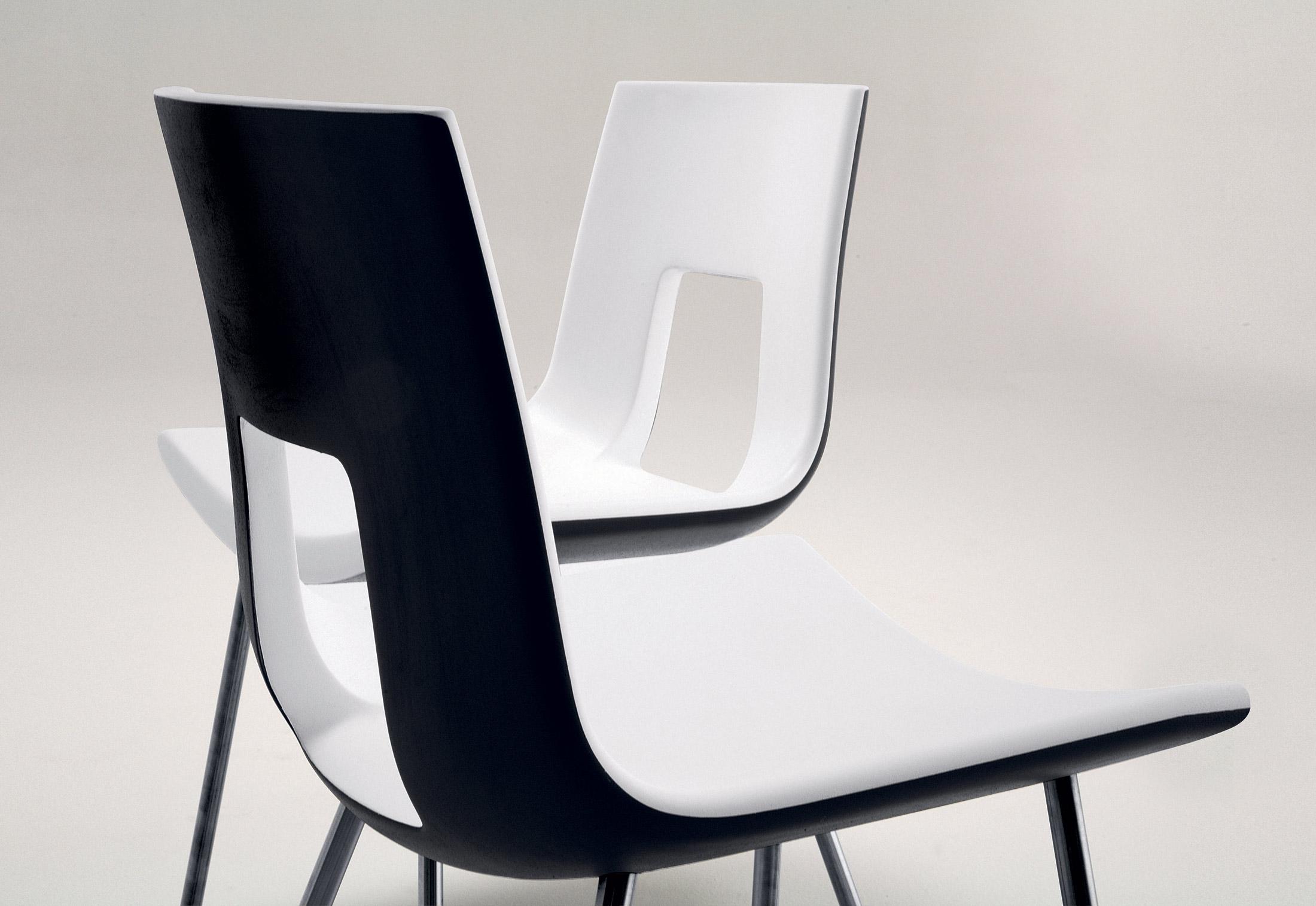 nine eighteen stuhl von tonon stylepark. Black Bedroom Furniture Sets. Home Design Ideas