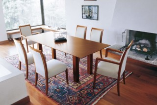 Skyline with armrests  by  Tonon