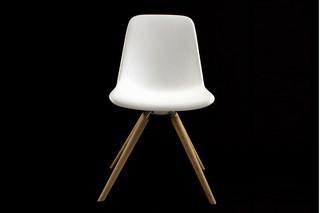 STEP Stuhl Holz  von  Tonon