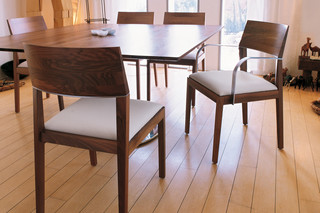 Tendence with armrests  by  Tonon