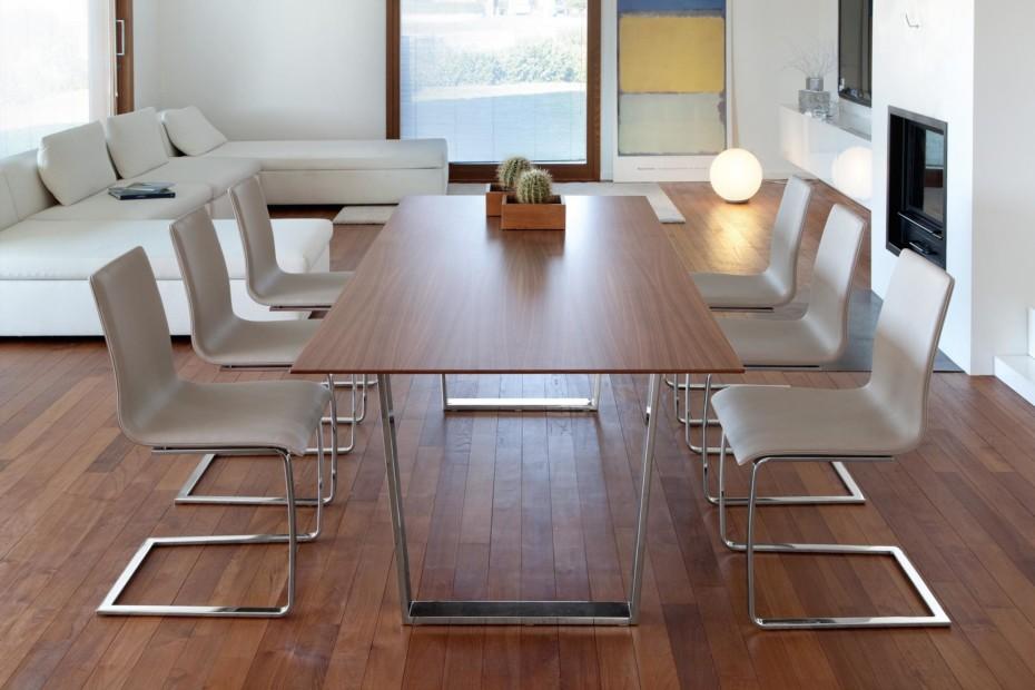 U. Table