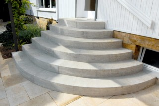 Memphis shell limestone outdoor precision wors  by  TRACO Manufactur