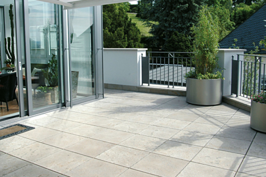 Marvelous ... Memphis Shell Limestone Patio ...