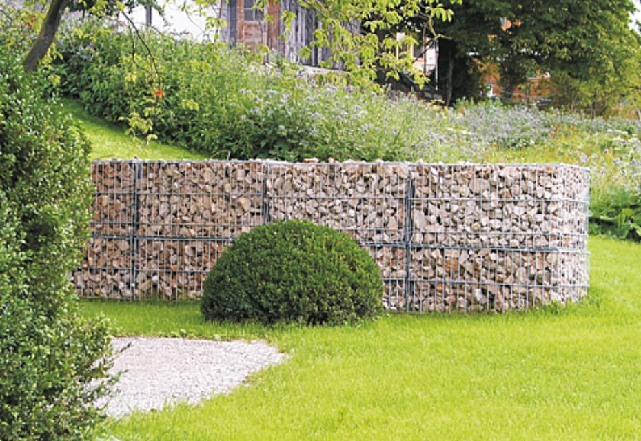 Memphis shell limestone wall
