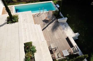Troja Travertine patio  by  TRACO Manufactur