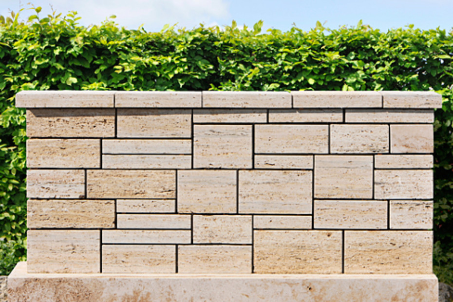 Troja Travertine wall