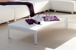 Mirthe coffee table  by  Tribù