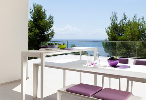 mirthe tisch 3 meter von trib stylepark. Black Bedroom Furniture Sets. Home Design Ideas
