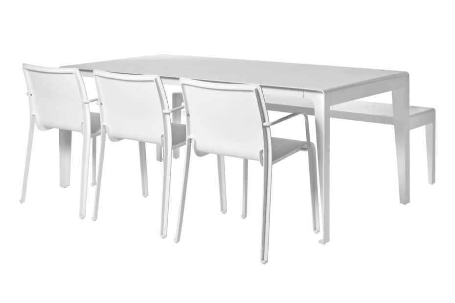 Mirthe table