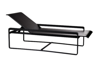 Neutra lounger  by  Tribù