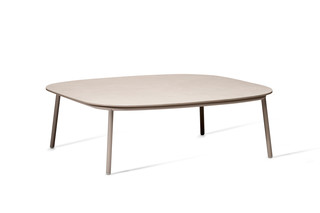 Tosca coffee table  by  Tribù