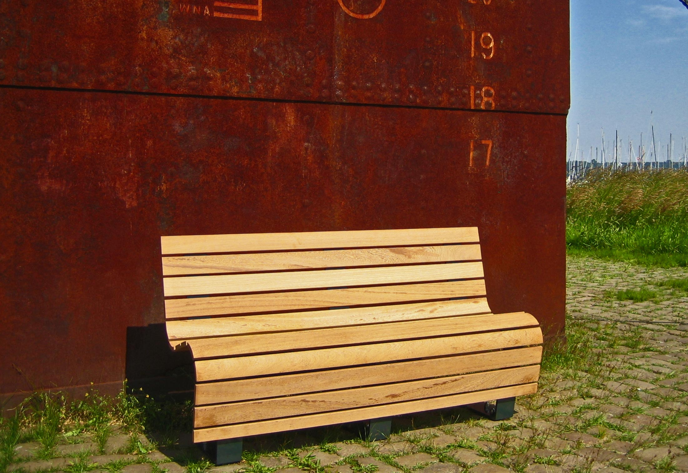 Cantilever Bench Liberte By Union Public Amp Street