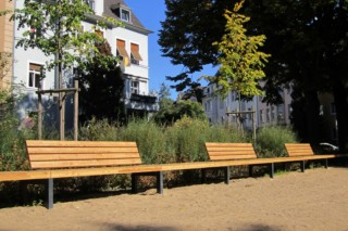 Infinity-bench Convoi  by  UNION - public & street furniture