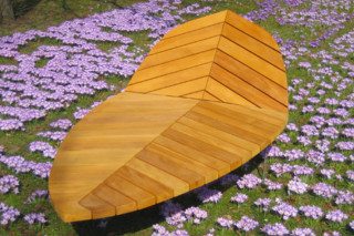 Leaf-lounger Palio  by  UNION - public & street furniture