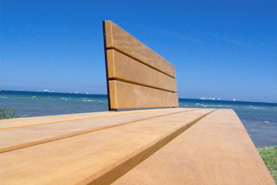 Long-bench Ultra