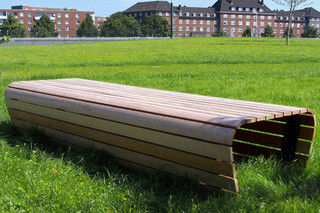 Long-bench Voyage  by  UNION - public & street furniture