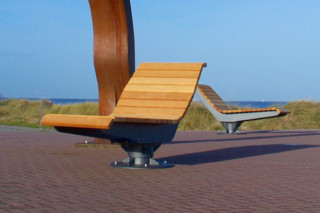 Rotating lounger  by  UNION - public & street furniture