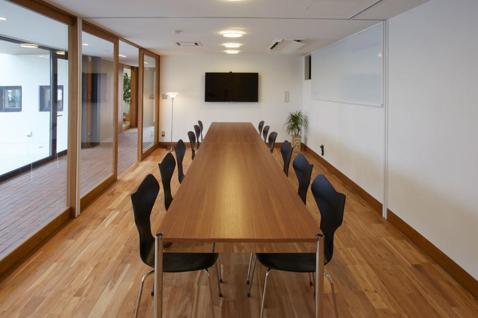 USM Haller office table