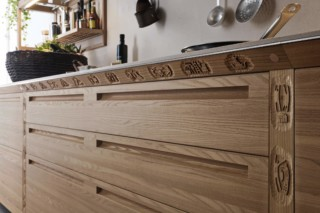 SineTempore  by  Valcucine