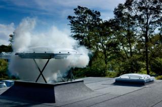Rauch- und Wärmeabzugsfenster Flachdach CSP  von  VELUX