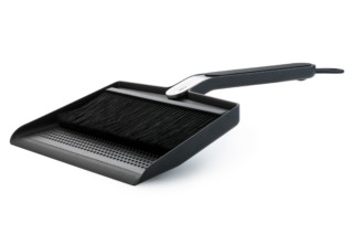 Broom & dustpan  by  Vipp