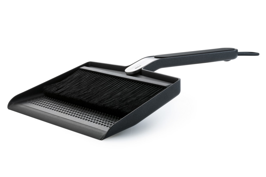 Broom Amp Dustpan By Vipp Stylepark