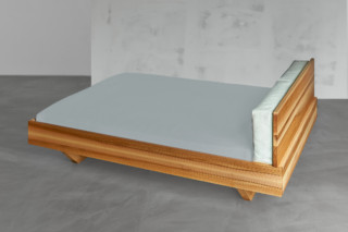 Mea bed  by  vitamin design