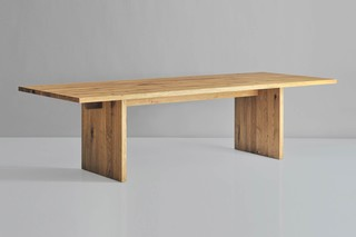Saga table  by  vitamin design