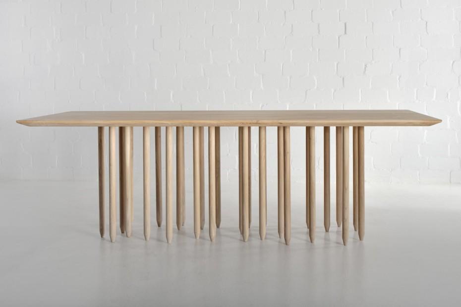 Stilus table