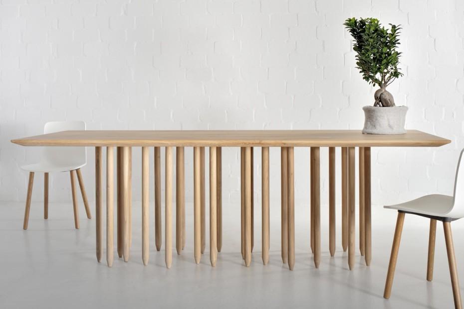 Stilus Tisch