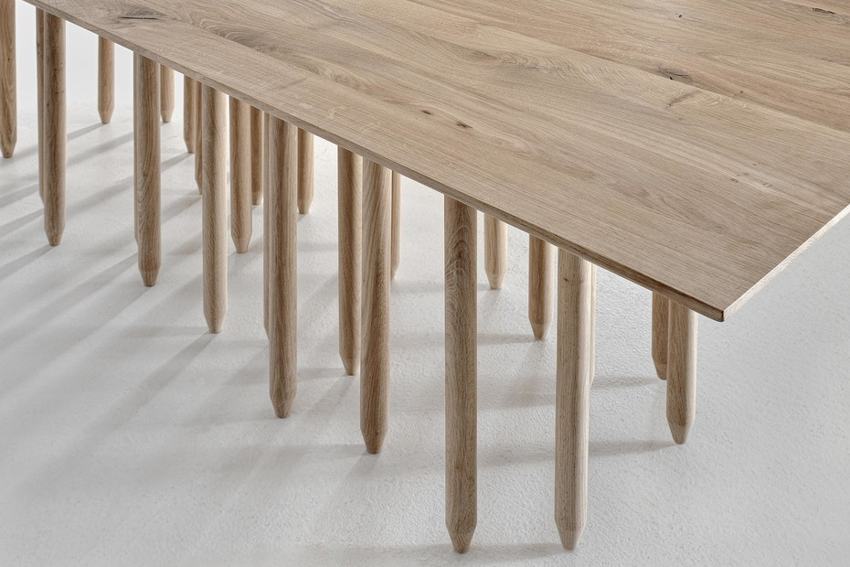 Stilus table