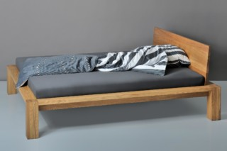 Taurus bed  by  vitamin design