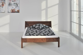 Villa bed  by  vitamin design