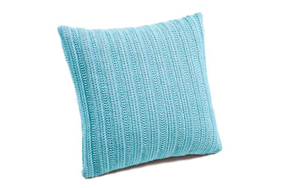 pillow Line