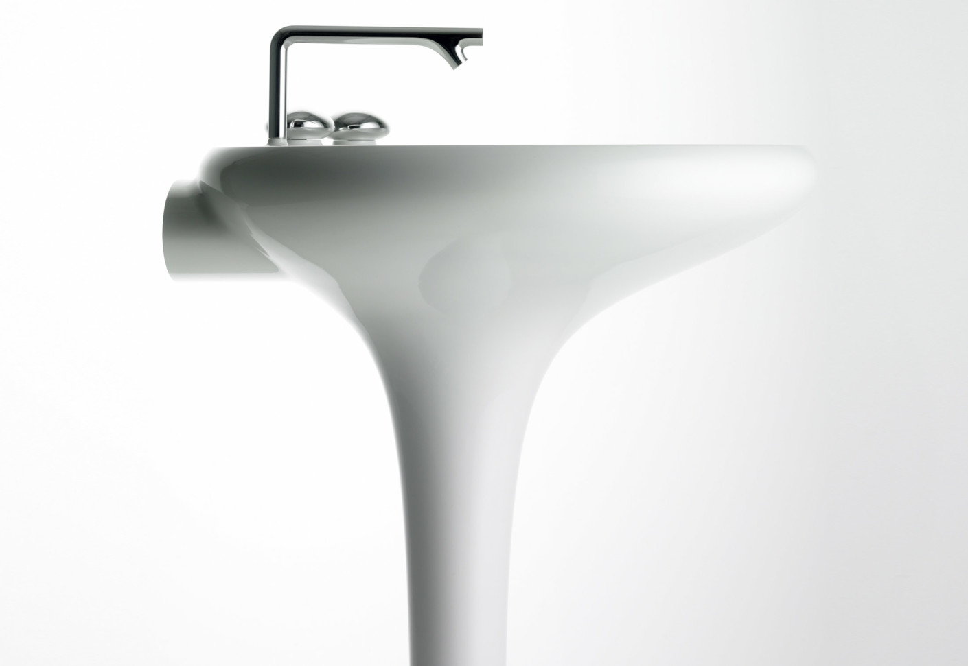 Istanbul Washbasin With Integrated Pedestal By VitrA Bathroom | STYLEPARK
