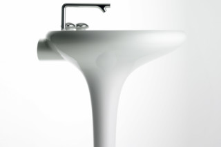 Istanbul washbasin with integrated pedestal  by  VitrA Bathroom