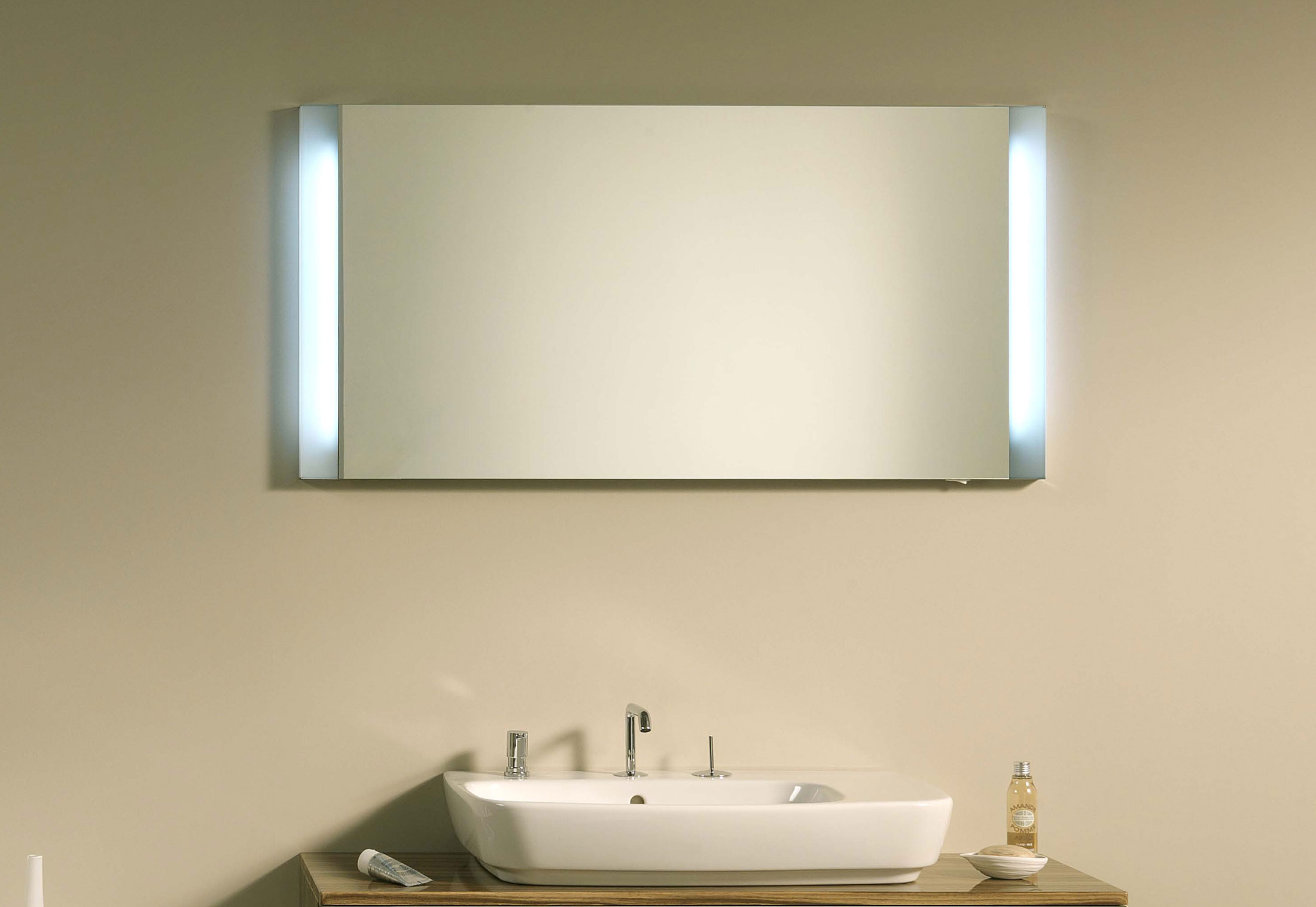 Shift wall mirror and mirror cabinet by VitrA Bathroom | STYLEPARK
