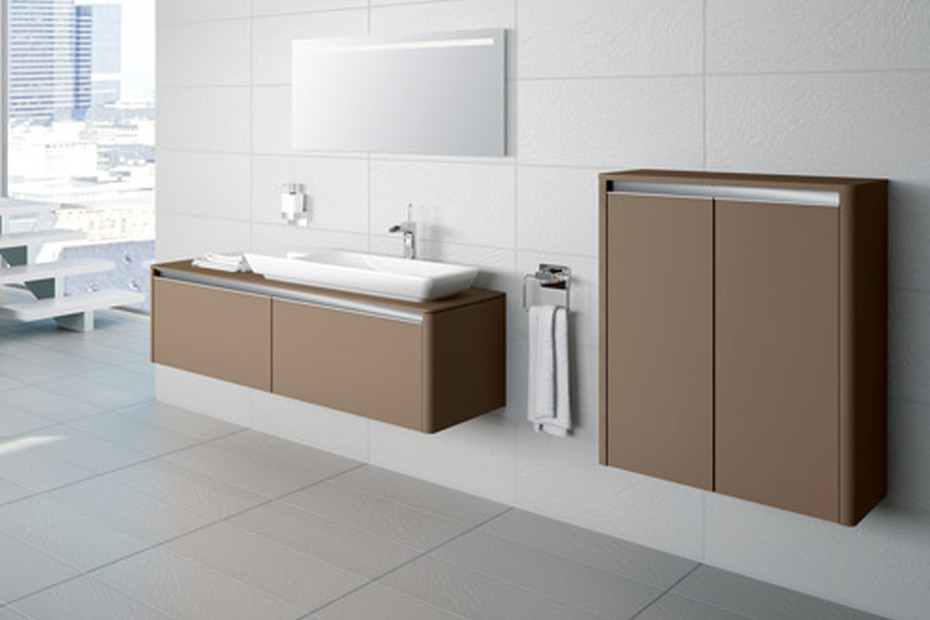 T4 bathboard