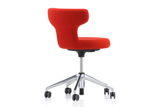 Pivot office swivel chair  by  Vitra