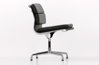 Soft Pad with cross leg  by  Vitra