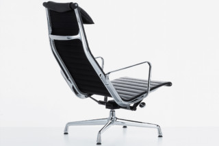 Aluminium Chair 124  by  Vitra