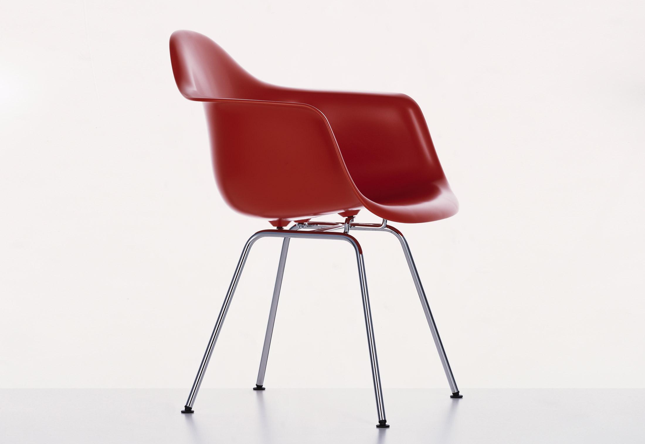 Eames Plastic Armchair : Eames plastic armchair dax von vitra stylepark